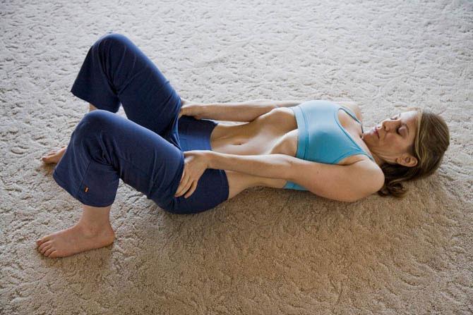 «Вакуум в животе» — лучшее упражнение для сжигания жира на животе