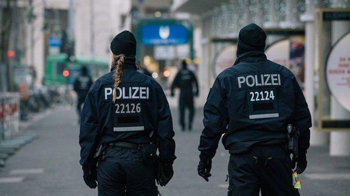 Четверо молодых мигрантов избили и изнасиловали немку