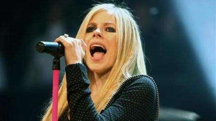 Avril Lavigne - самый опасный человек в интернете