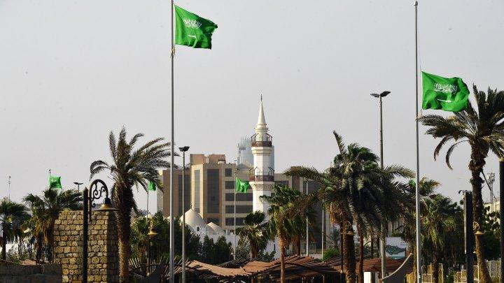 Убиты охранники дворца короля Саудовской Аравии
