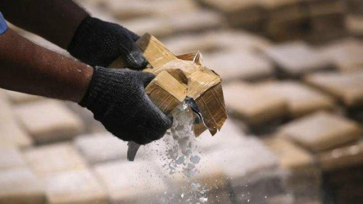 Полиция Испании задержала судно с четырьмя тоннами кокаина