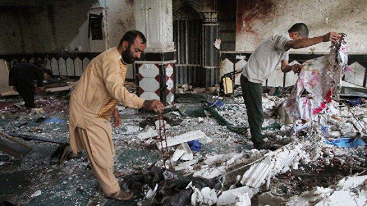 Число погибших при двух взрывах в Афганистане приблизилось к 60