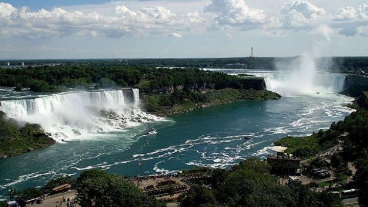 10-летний мальчик упал в Ниагарский водопад во время фотосессии
