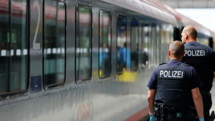 Полиция немецкого Дуйсбурга нашла 45 сейфов в канале под мостом