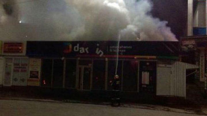 В магазине техники в Бельцах вспыхнул пожар