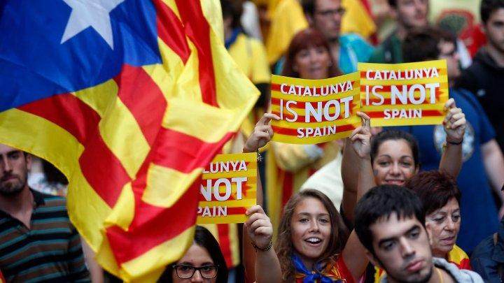 Сенат Испании ввел в Каталонии прямое управление