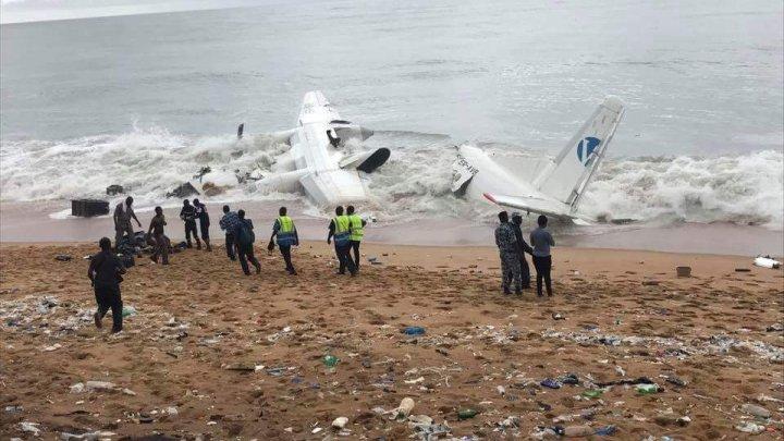 В Кот-д'Ивуаре разбился грузовой самолет: четыре гражданина Молдовы погибли