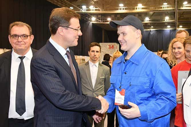 Дмитрий Азаров побывал в Тольятти с рабочим визитом
