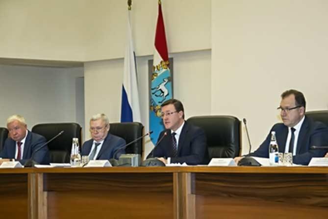 Дмитрий Азаров: На мой взгляд, это колоссальная проблем