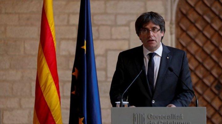 Отстраненный от власти глава Каталонии уехал в Брюссель