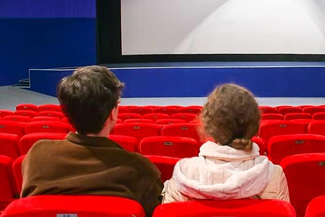 Не пускают в кино: Как поступать в данной ситуации
