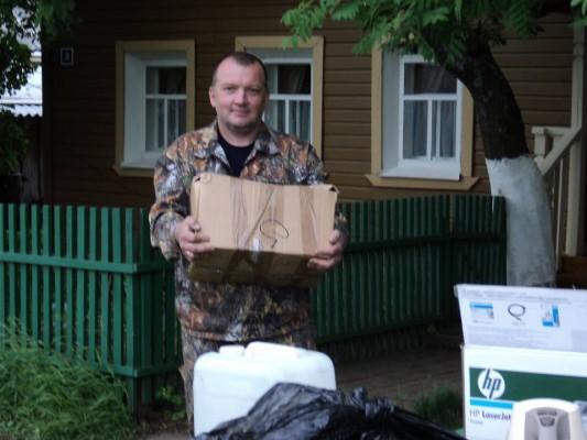 Первая партия Великорецкого воздуха отправилась в православные магазины Крыма