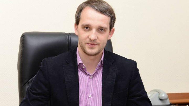 Евгений Стурза вступил в должность министра обороны Молдовы
