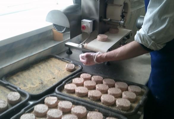 В исправительной колонии № 5 открылся цех по производству мясных полуфабрикатов