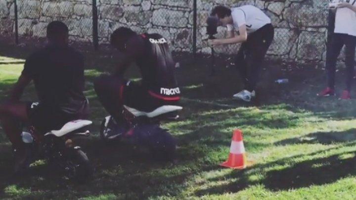 Игроки «Ниццы» устроили гонки по футбольному полю
