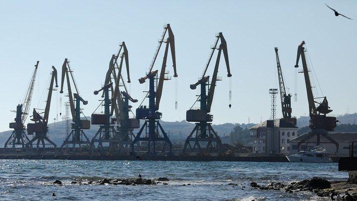 Турция запретила принимать суда из Крыма