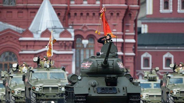 На Красной площади прошёл марш в память о параде 1941 года