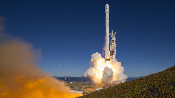 В США при испытаниях взорвался двигатель ракеты SpaceX