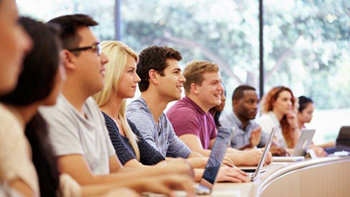Ноутбук на лекции мешает студентам учиться