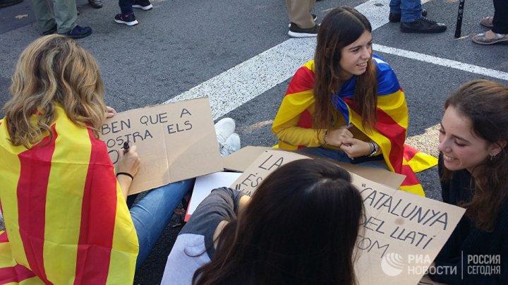 Испания отменила законы Каталонии, послужившие основанием для референдума