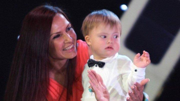 5-летнего сына Эвелины Блёданс прооперировали в Германии