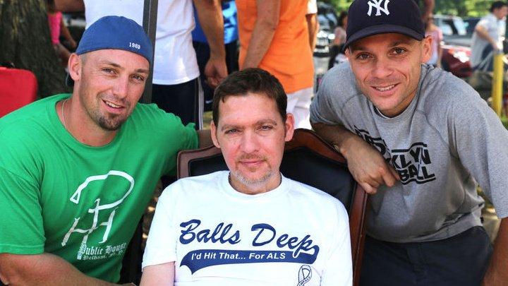 Скончался американец, вдохновивший весь мир на флешмоб Ice Bucket Challenge