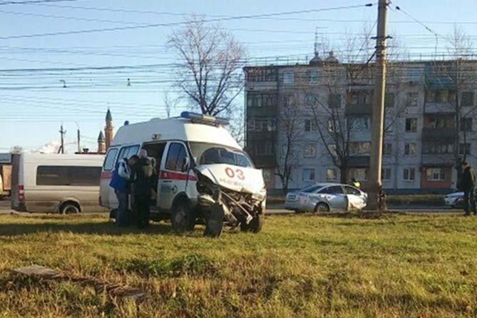16-11-2017 ДТП с участием автомобиля скорой помощи: Официальная версия