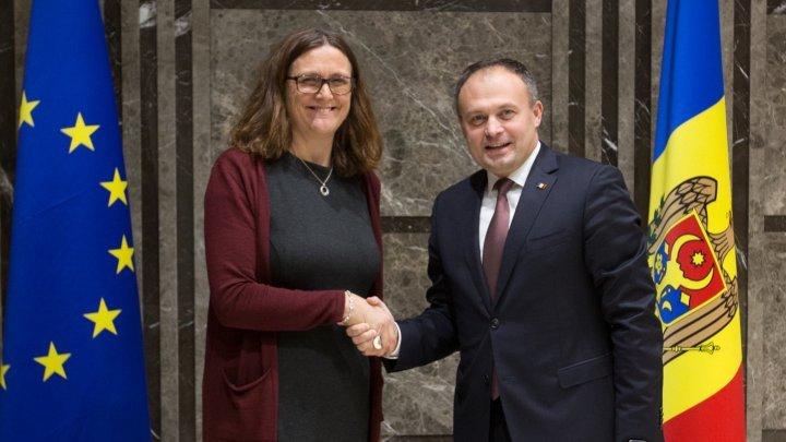 Председатель парламента провел встречу с Комиссаром ЕС по вопросам торговли Сесилией Мальмстрем