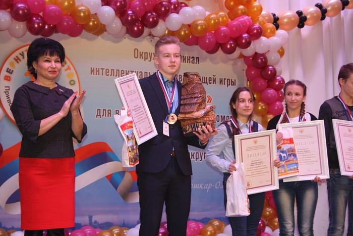 Кировская команда стала победителем окружного финала игры «Ума Палата»
