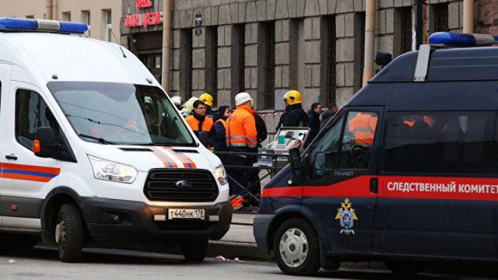 СМИ: В Кирове автомобиль влетел в толпу пешеходов, есть жертвы