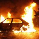 В Санкт-Петербурге на парковке в ТЦ загорелись автомобили