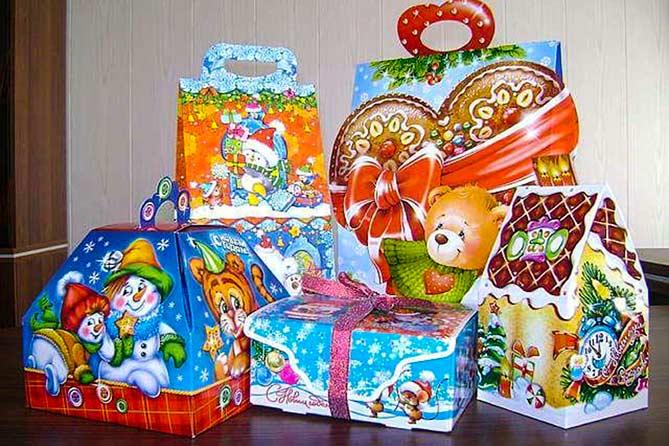 Новый 2018 год: Бесплатные подарки для детей