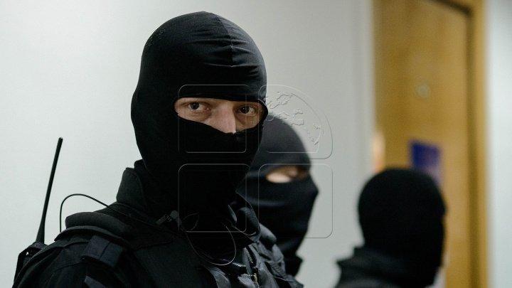Обыски в Молдове: задержаны девять человек, в том числе двое мэров