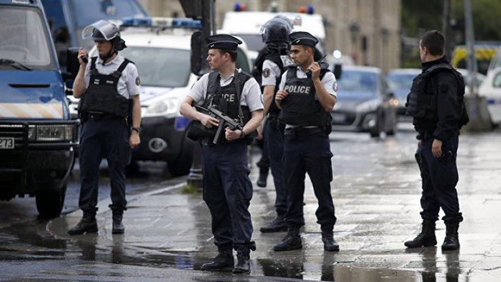 Полиция обстреляла кричавшего