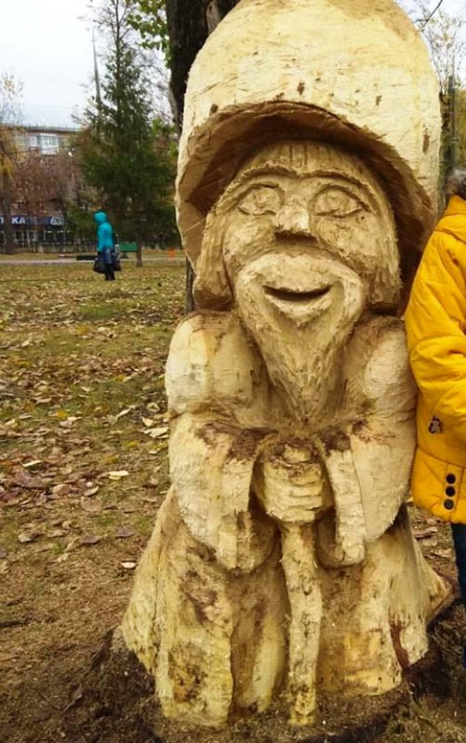Сказочная опушка в парке Центрального района