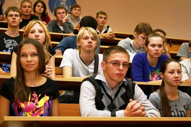 Тольятти: В какие учебные заведения поступили выпускники 11 классов 2017 года