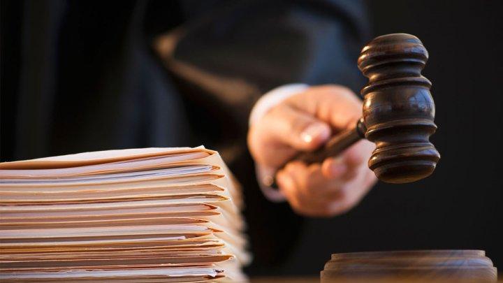 На 30 суток продлили арест семерым подозреваемым по делу о покушении на Влада Плахотнюка