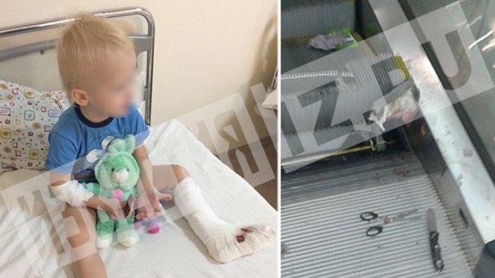 «Было много крови», — отец ребенка, которому зажало ногу в ТЦ в Москве