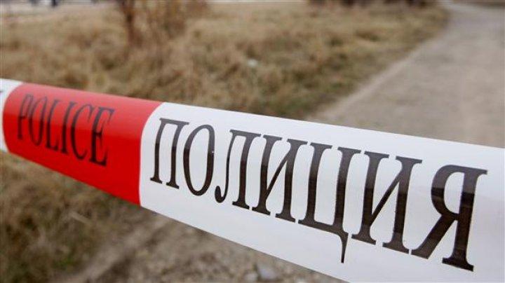 В Киеве во дворе дома нашли мертвого мужчину