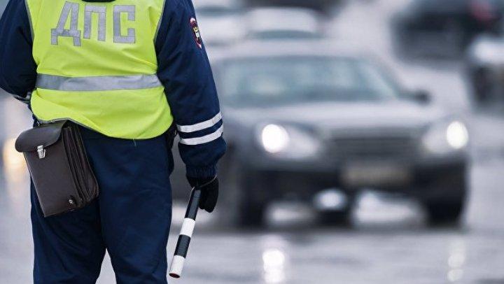 Новосибирский дэпээсник проведёт три года в колонии за подножку водителю