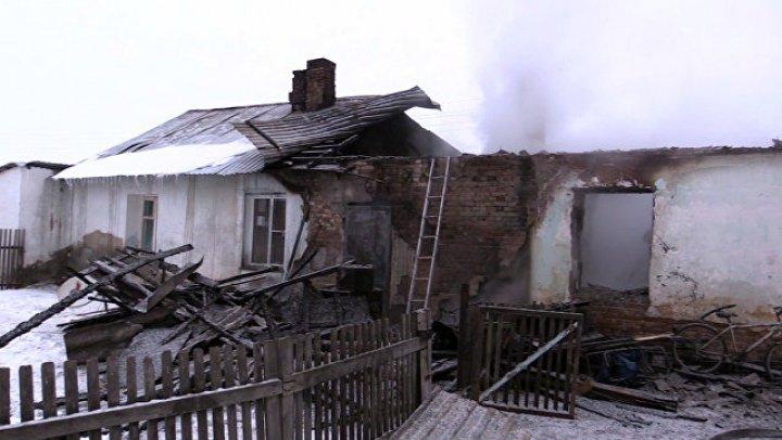 Тетя 5 детей, заживо сгоревших под Новосибирском: Отец про них забыл