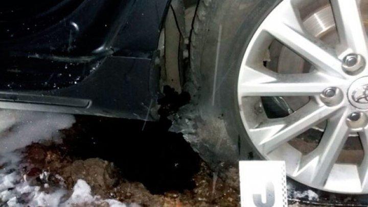 Появились фото с места взрыва авто полицейского в Харькове