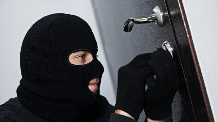 В период зимних праздников растет число квартирных краж