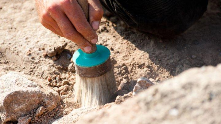 Археологи нашли печать князя Святослава