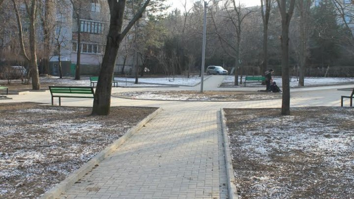 11 внутренних и подъездных дорог отремонтировали в нескольких столичных дворах