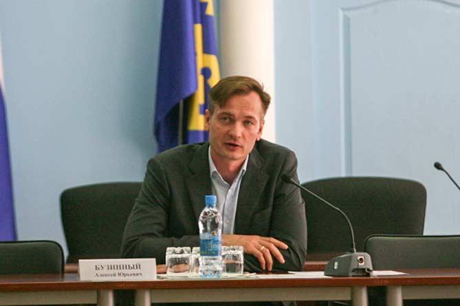 Рассматриваются варианты размещения нового предприятия в Тольятти