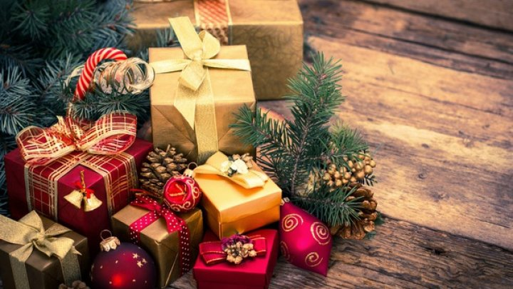 Родители в поисках лучшего подарка для детей на Новый Год