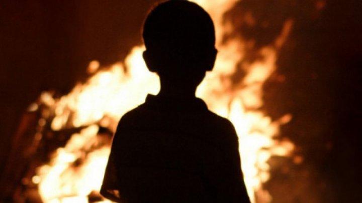 Девятилетний герой спас из горящего дома двух братьев и сестру