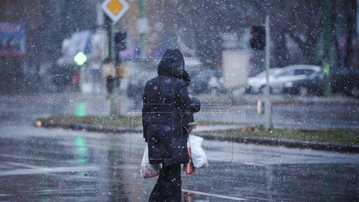 Синоптики прогнозируют на севере страны мокрый снег и порывистый ветер