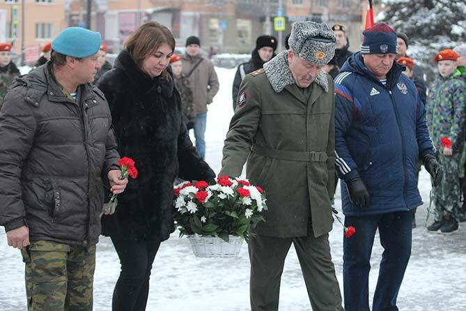 08-12-2017: В Тольятти почтили героев